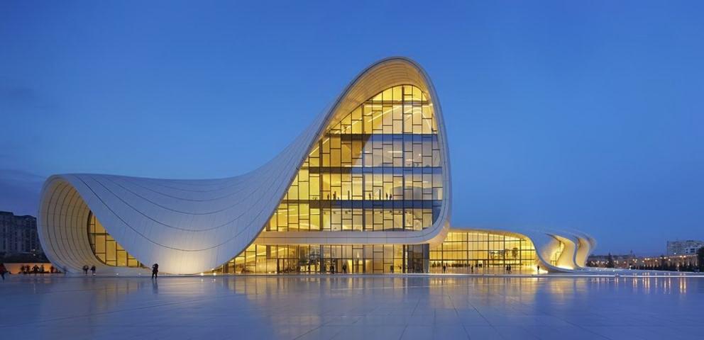 casa moderna architettura moderna : Architettura moderna: Heydar Aliyev